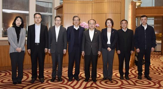 王志民會見中國投資有限公司總經理屠光紹