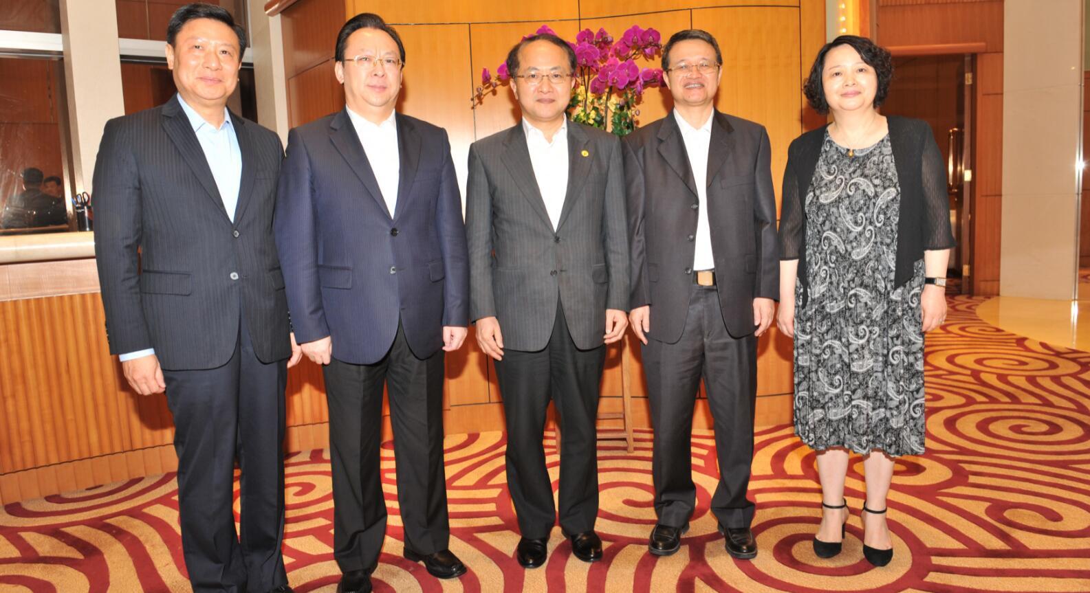 王志民會見廣東省委統戰部部長曾志權一行